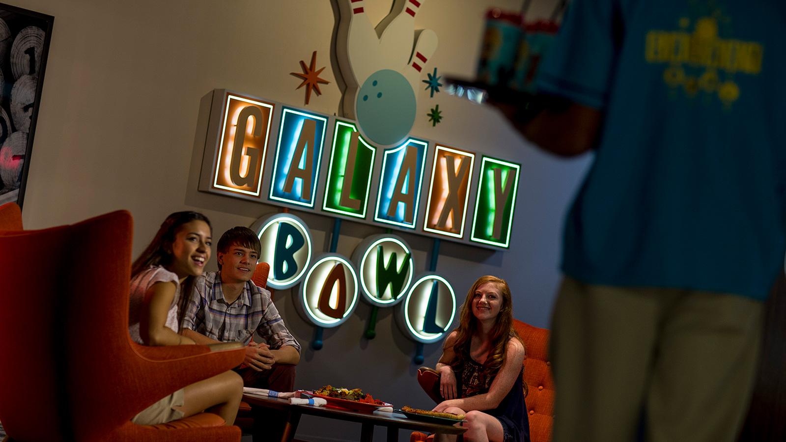 galaxy-bowl-restaurant.constantcontactsites.com